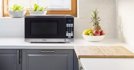 9 Space-saving Small Size Microwave Ovens – Compact in Size but Powerful in performance!